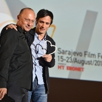 Mirsad Purivatra and Gael García Bernal, Honorary Heart of Sarajevo, HT Eronet Open Air Cinema, 20th Sarajevo Film Festival, 2014 (C) Obala Art Centar